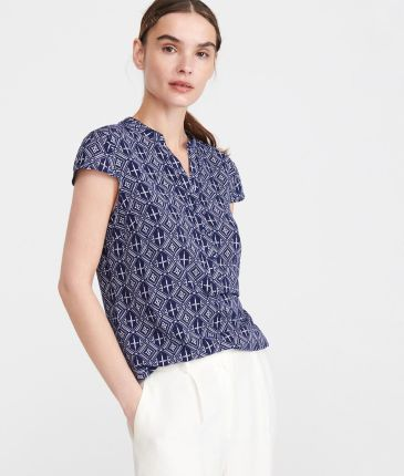 8dd5fe468e8a88 Mohito - Jeansowa koszula z naszywkami - Niebieski - damska - Ceny i ...