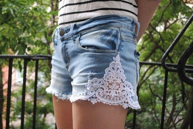 DIY: jak odnowić jeansowe szorty Kraina Stylu