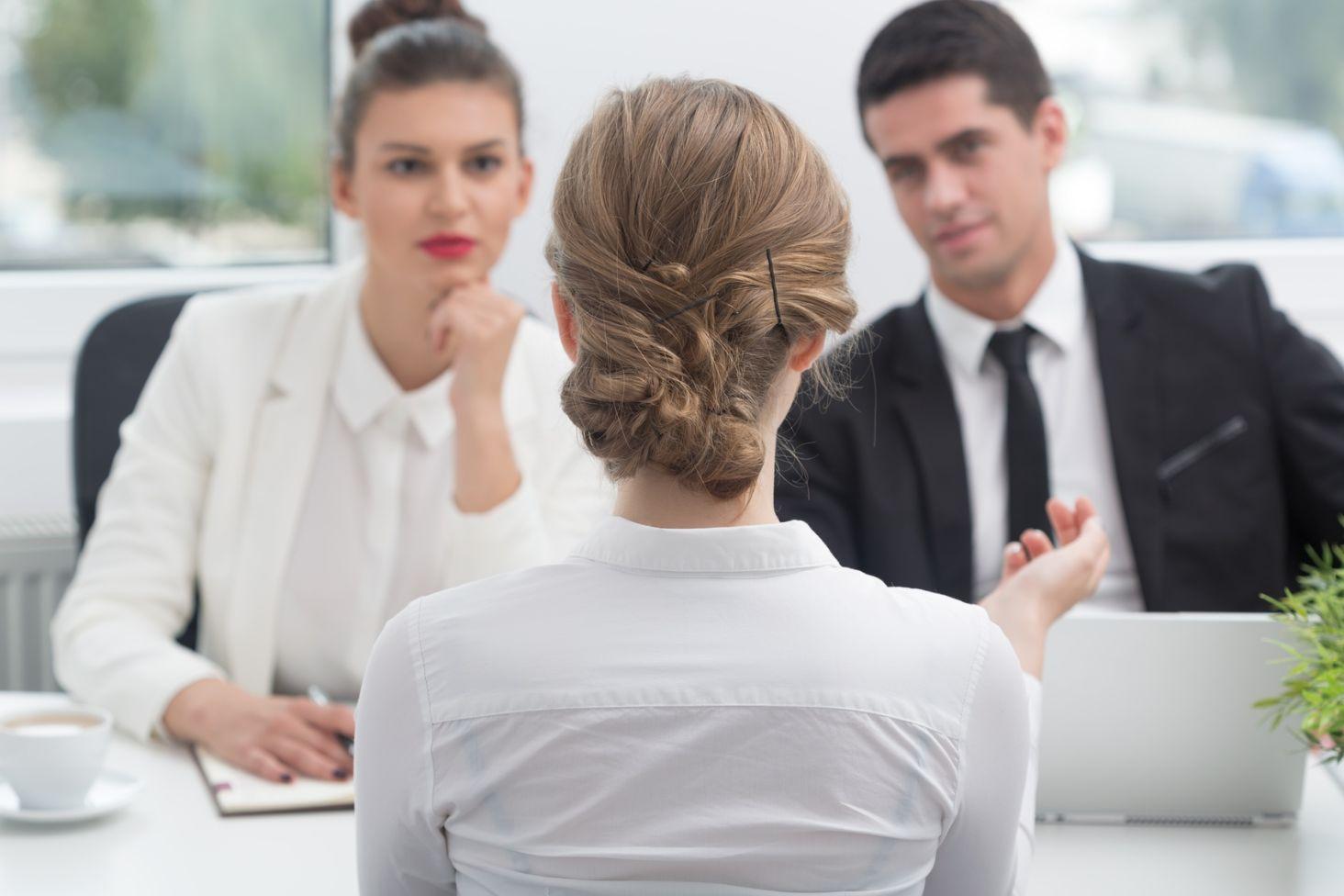 Strój na rozmowę kwalifikacyjną - Kraina Stylu