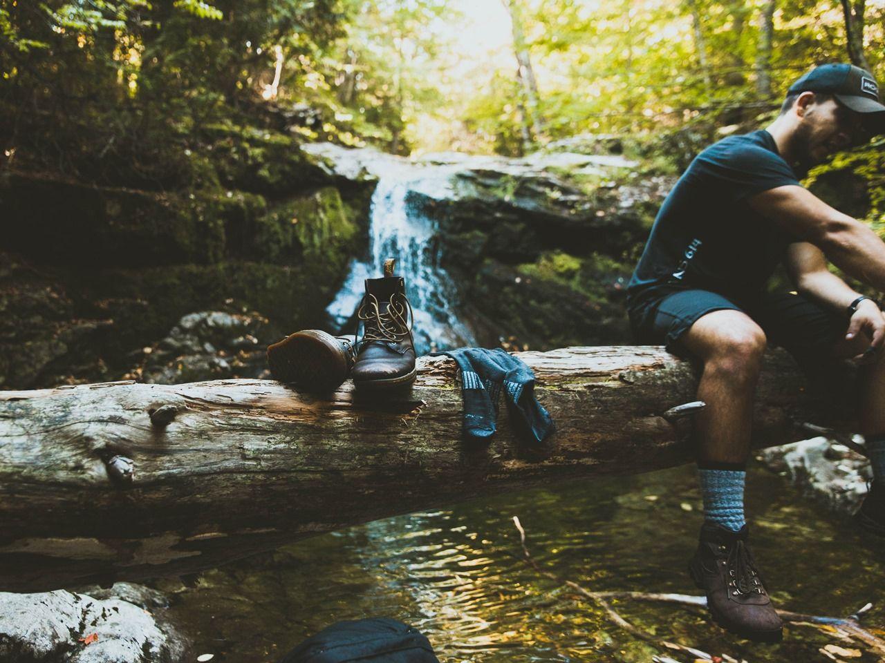 f04d1975 Buty trekkingowe pozwolą Ci cieszyć się drogą, a nie przejmować bąblami i  odparzeniami na stopie. Jakie obuwie terenowe wybrać i na co zwracać uwagę  podczas ...