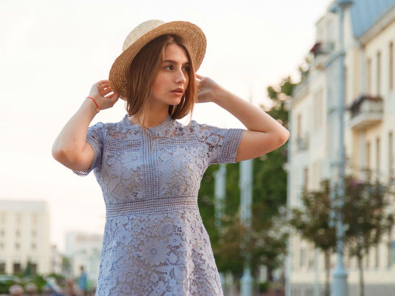 49061901e1 Jaką kupić sukienkę koronkową  Kolekcje 2019 - Kraina Stylu