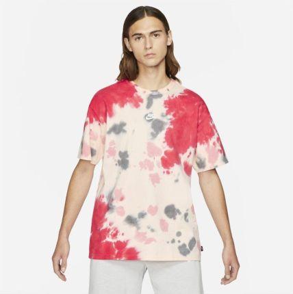 Nike Męski T shirt barwiony metodą Tie Dye Nike Sportswear Czerwony - Ceny i opinie T-shirty i koszulki męskie RCKG