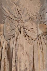 9f78e3ae2b ... Sukienka ICHI 4990-SUD201 Odcienie beżu i brązu Sukienki wieczorowe  Odcienie beżu i brązu Sukienki