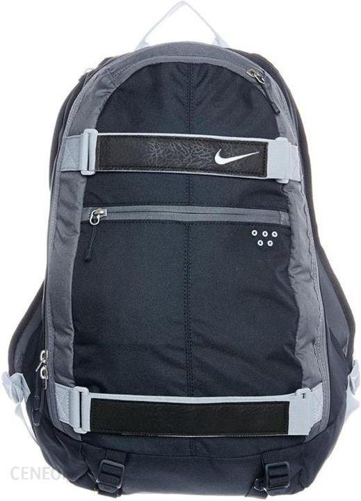 89a137aaebfa5 Plecak Nike Embarca Large Niebieski BA4685 - Ceny i opinie - Ceneo.pl