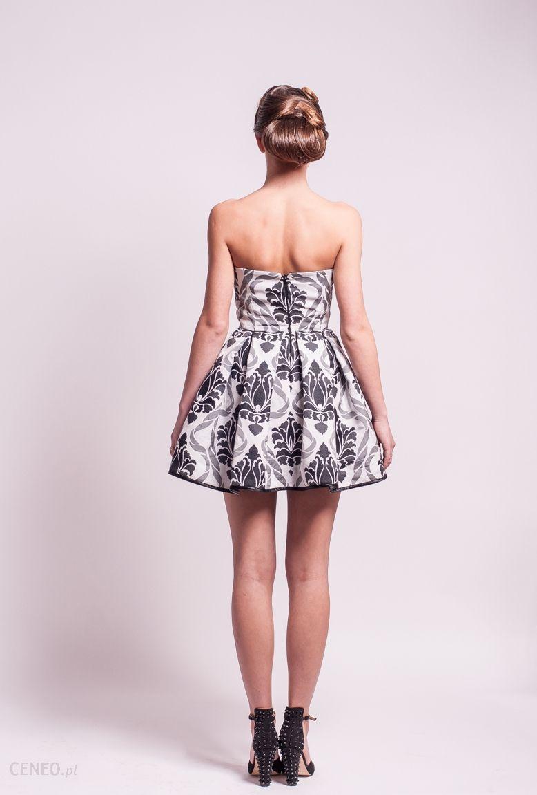 c525b4259a Sukienka na gorsecie szeroki dół