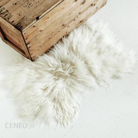 06fb13787908f Narzuta   dywan z owczej skóry - biała - Opinie i atrakcyjne ceny na ...