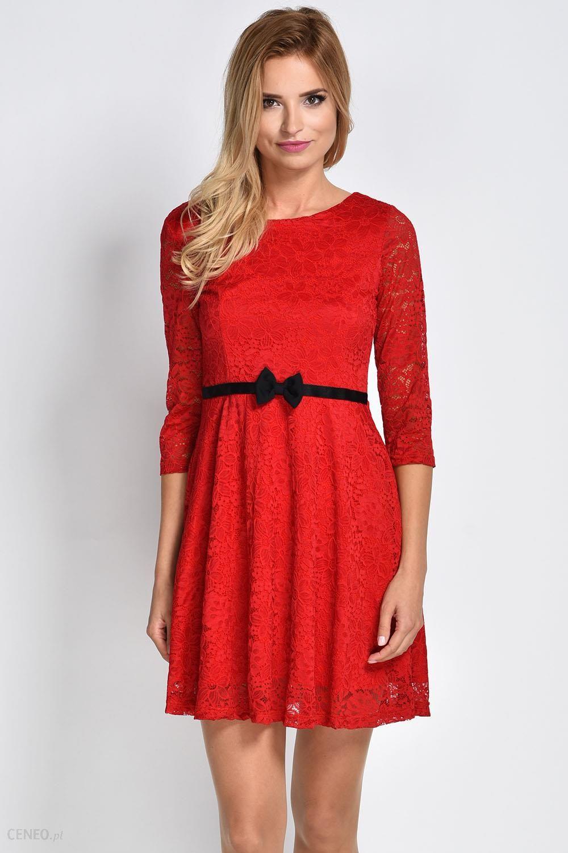 AVARO Koronkowa sukienka z kokardką SU 779 czerwony