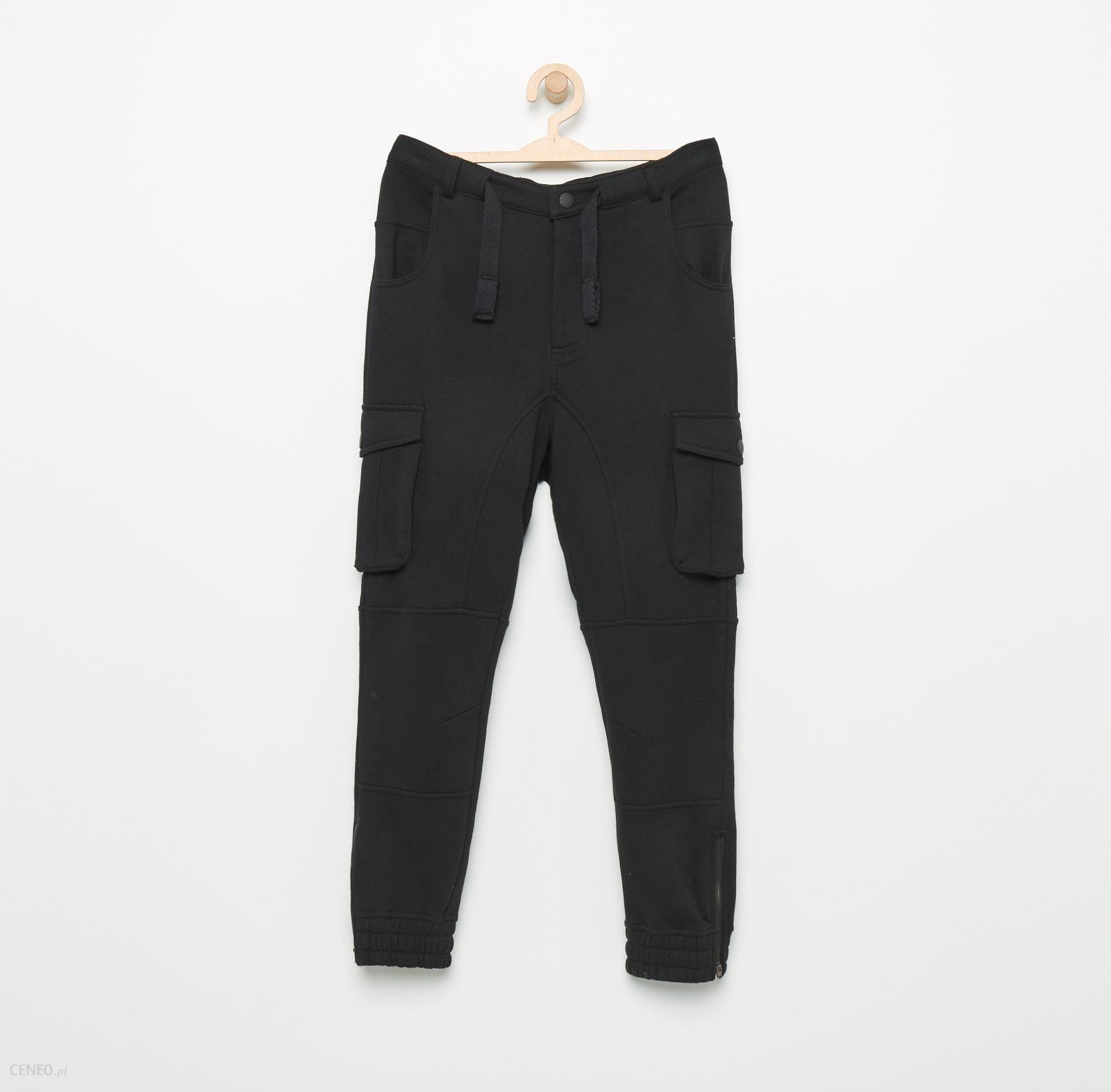 7f57c3123cb6 Reserved - Spodnie dresowe z kieszeniami - Czarny - męska - Ceny i ...