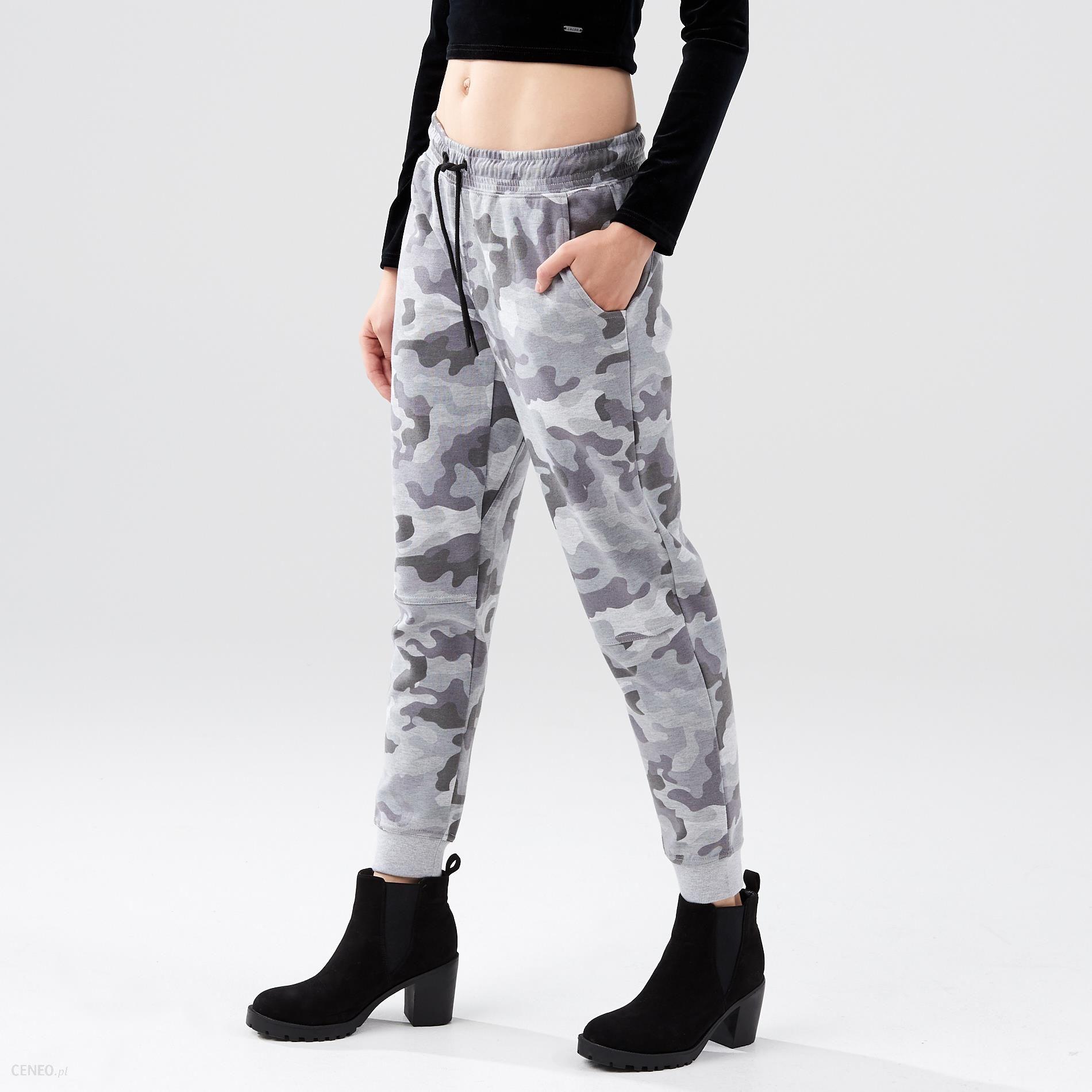 a152cf94faac5c Cropp - Spodnie dresowe moro - Szary - damska - Ceny i opinie - Ceneo.pl