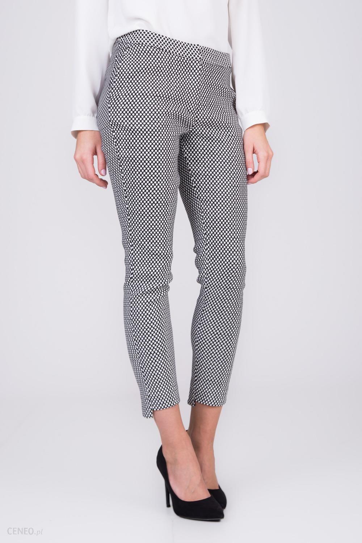 Spodnie cygaretki w grochy