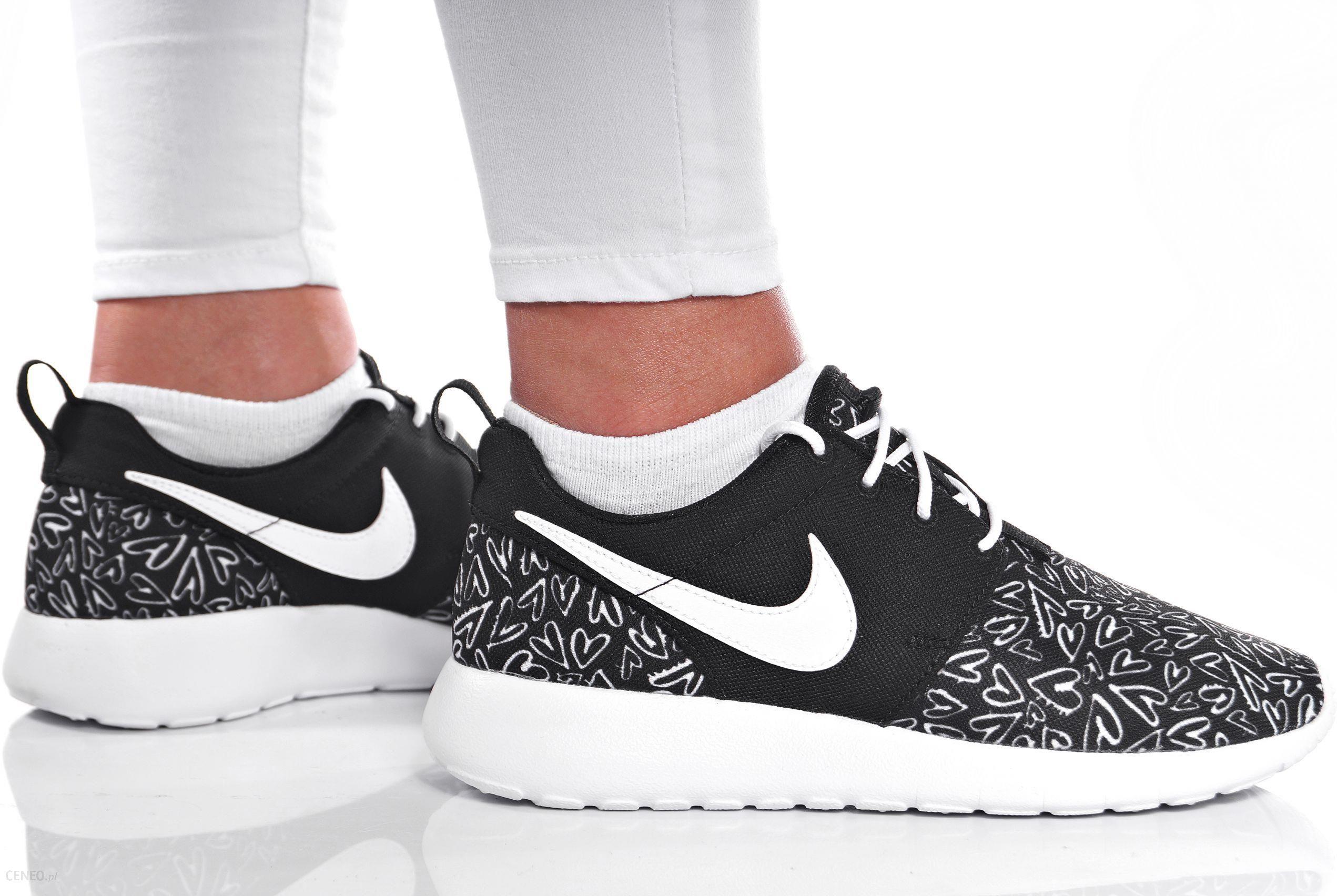 Nike Roshe One Print Gs 677784 005 | Biały, Czarny