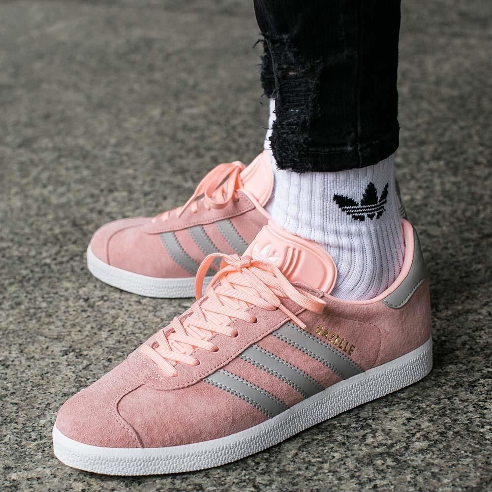 online store 95d37 49cd3 adidas gazelle coral