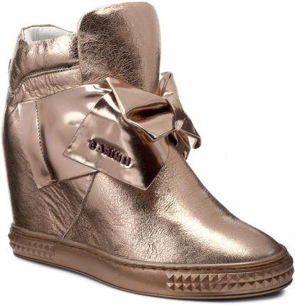 Sneakersy GUESS Fur FLFUR3 LEA12 BORDE czerwony eobuwie.pl