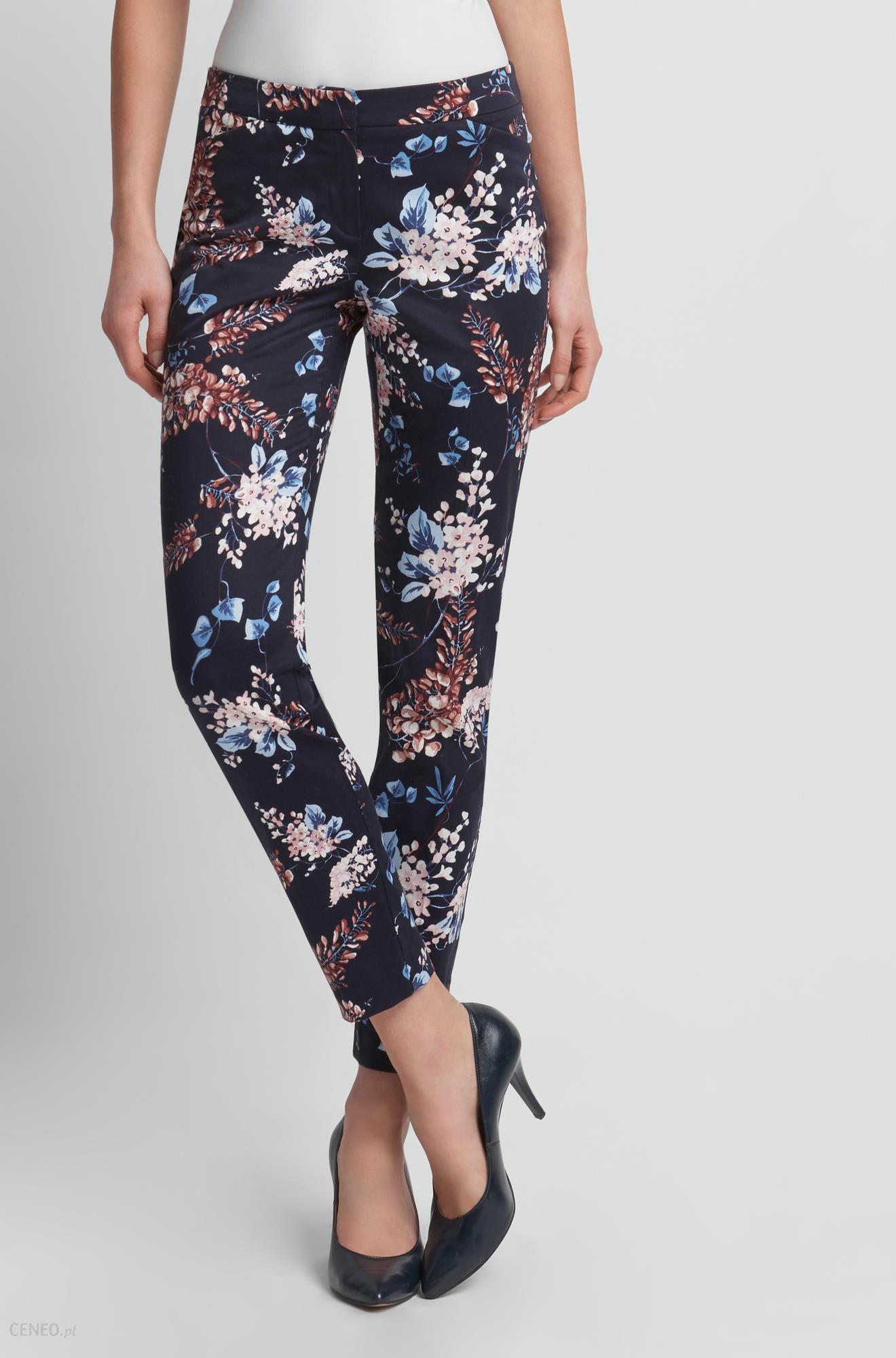 7f359e8a Spodnie cygaretki w kwiaty