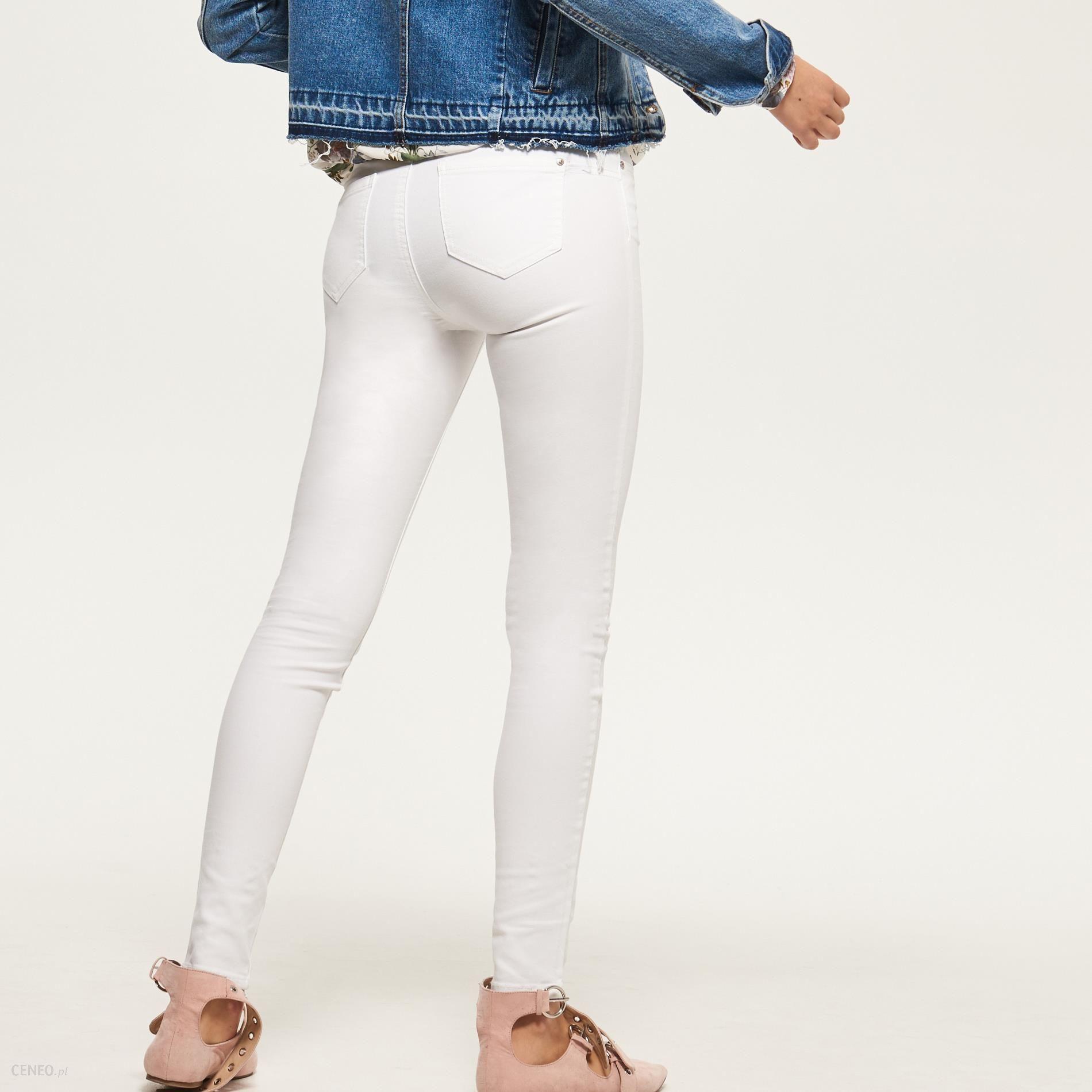 99a5c22dfff1 Reserved - Spodnie rurki - Biały - damski - Ceny i opinie - Ceneo.pl