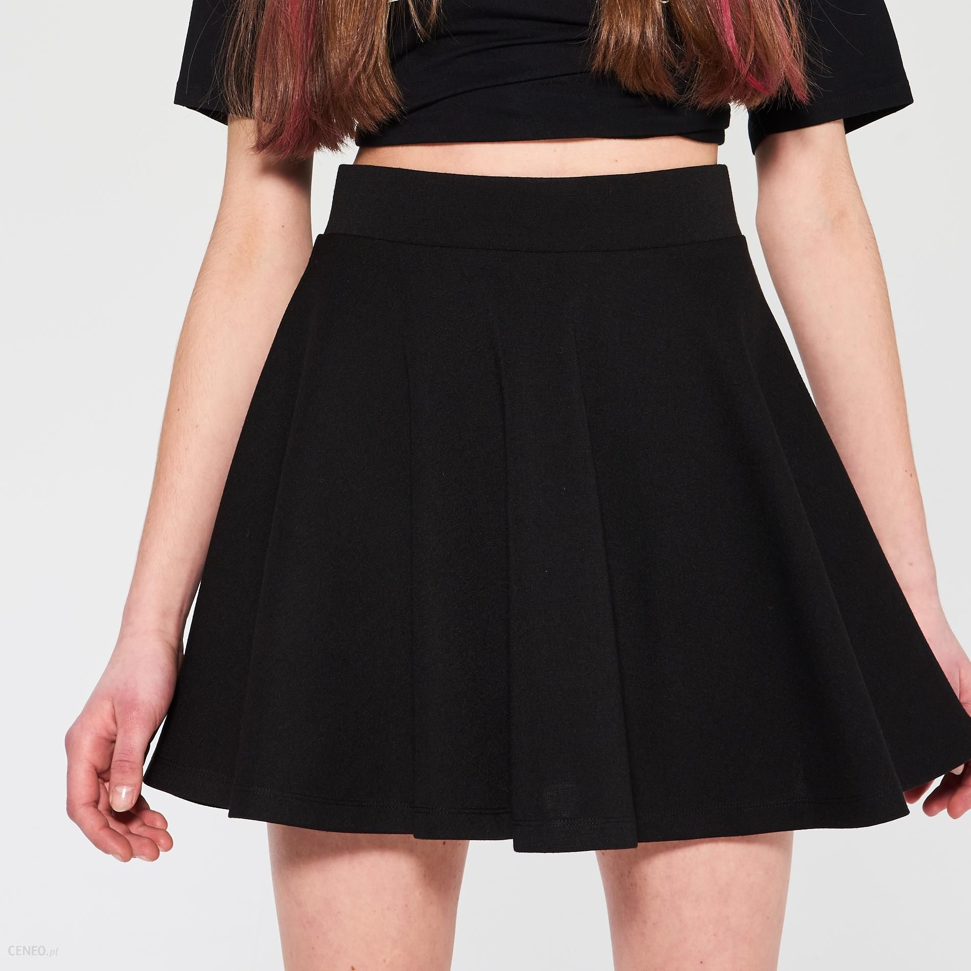 Czarna, rozkloszowana spódnica SINSAY, r. M, nowa