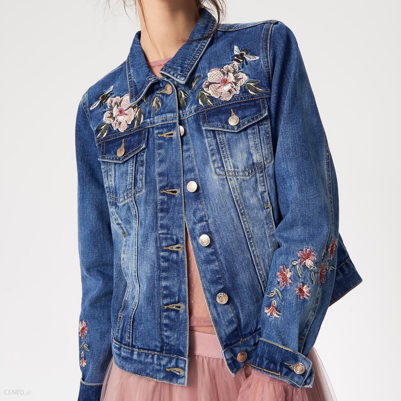 be171d8d Mohito - Jeansowa katana z kwiatowymi haftami - Niebieski - damski
