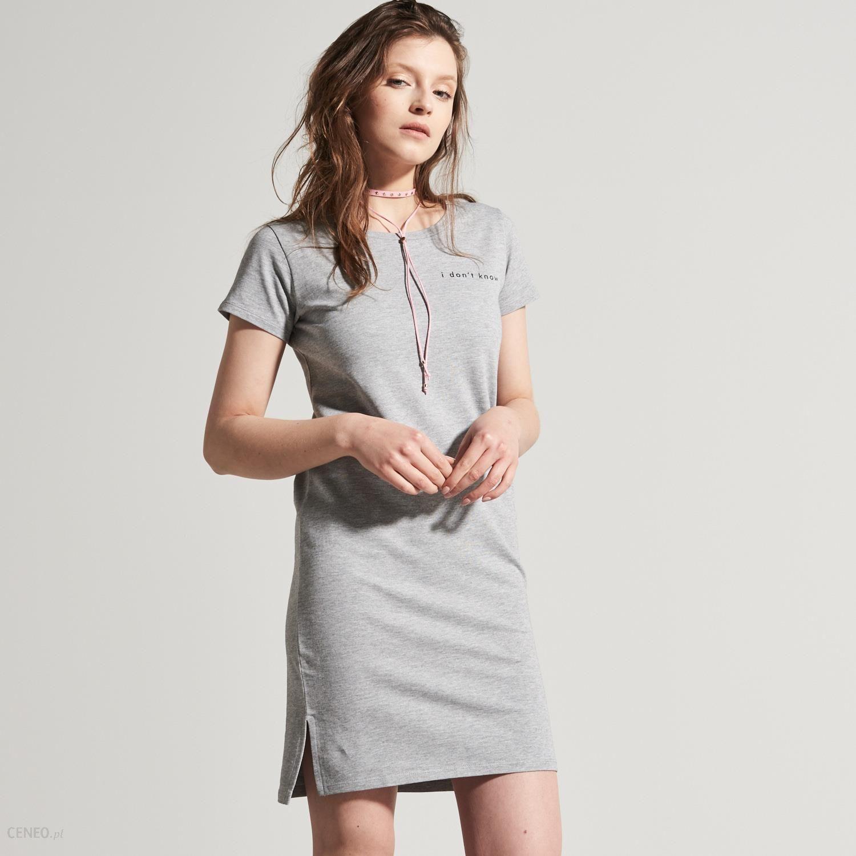 0eac8e8799 House - Bawełniana sukienka z nadrukiem o sportowym kroju - Szary - damski  - zdjęcie 1