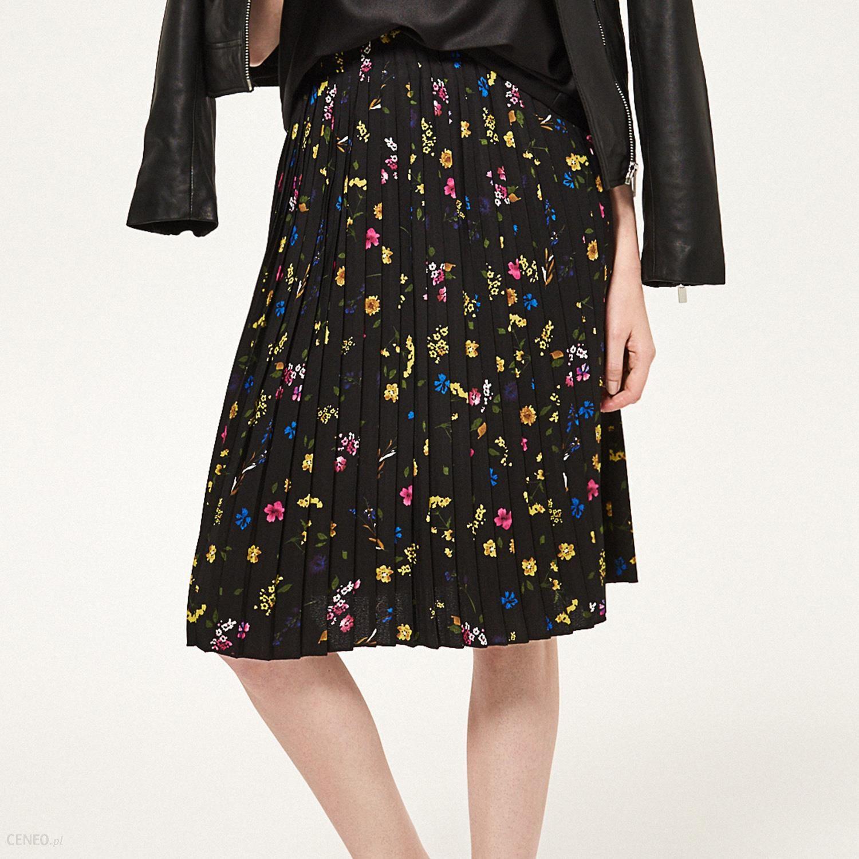 8f6aa2e2 Reserved - Plisowana spódnica w kwiaty - Wielobarwn - damski