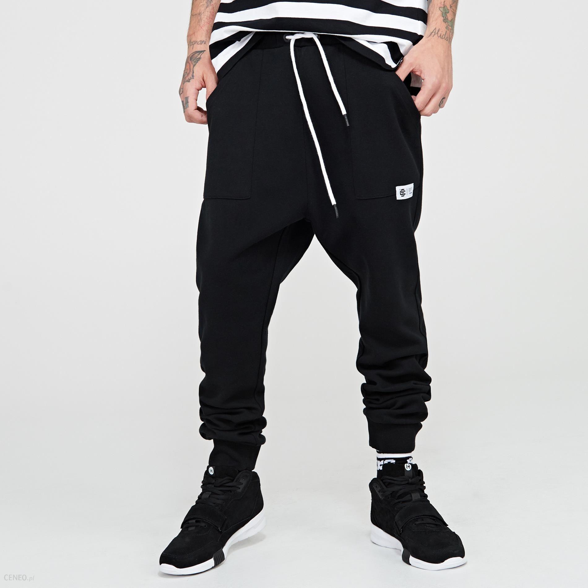 5299a51404ee Cropp - Spodnie dresowe baggy - Czarny - damski - Ceny i opinie ...