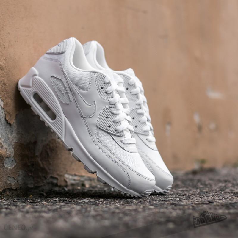 nike air max 90 essential grey white