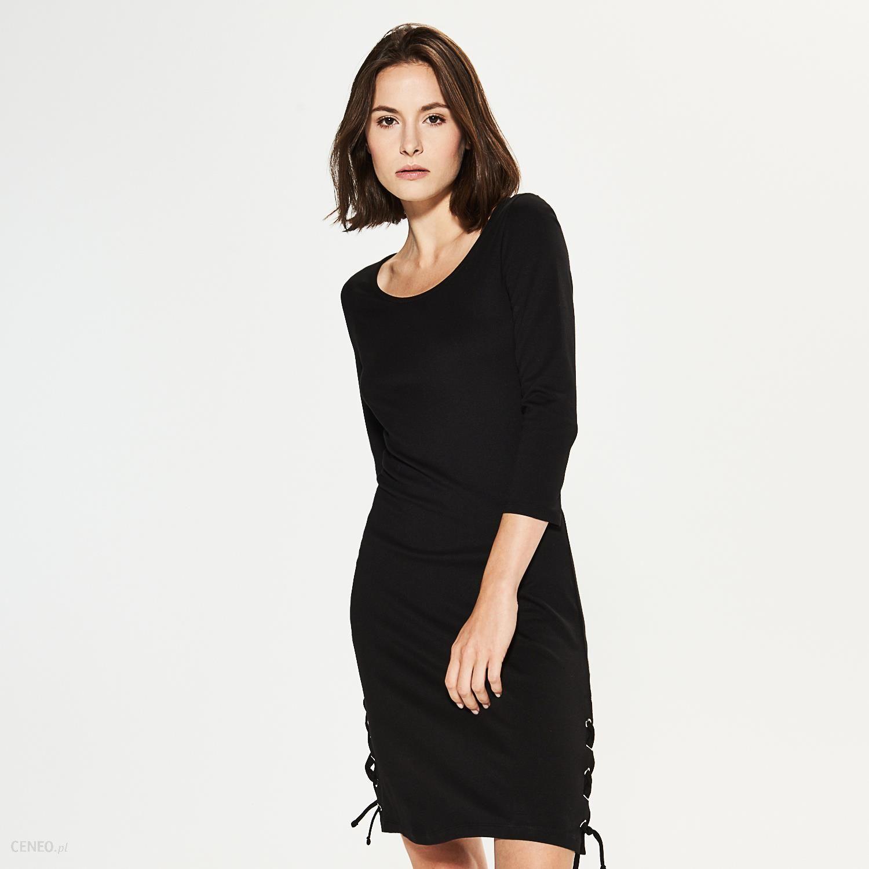 9c0ad143 House - Dzianinowa sukienka z ozdobnym sznurowaniem - Czarny