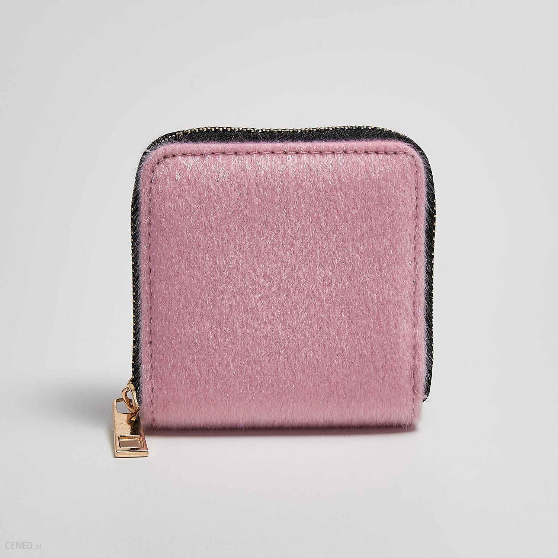 631c9262dd5b9 Sinsay - Portfel ze sztucznego futerka - Różowy - Ceny i opinie ...