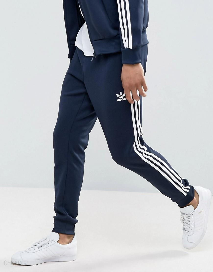 Real vs fake Adidas pants. How to spot fake Adidas sport pants