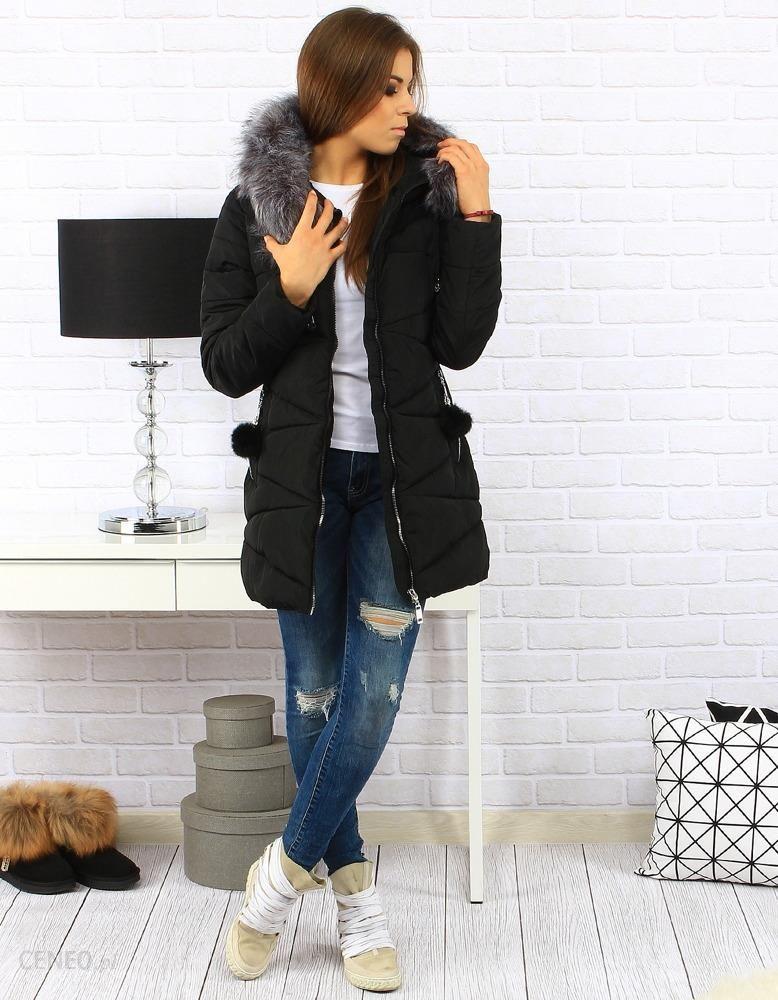 Pikowana czarna kurtka damska z kapturem. KRAKÓW