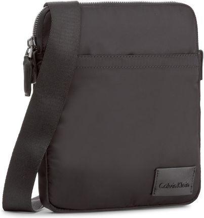Saszetka CALVIN KLEIN BLACK LABEL - Ease Flat Crossover K50K503468 001  eobuwie d7abf36835