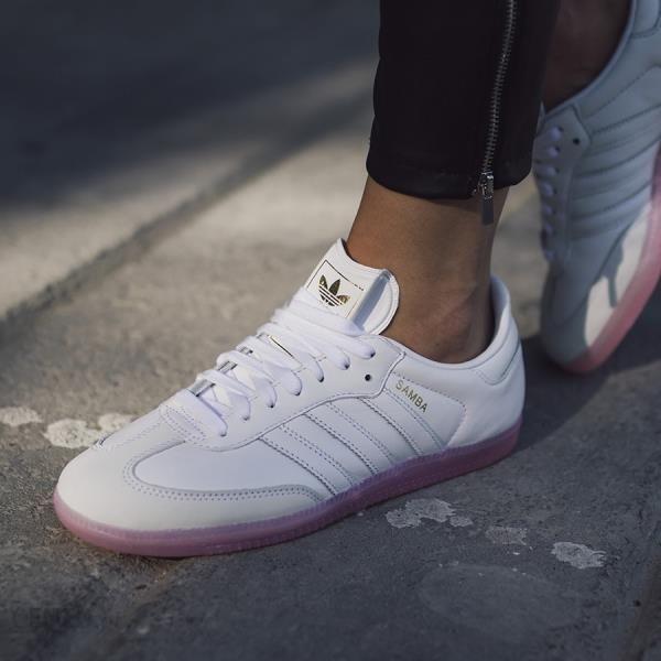 Buty damskie sneakersy adidas Originals Samba W BY9240 - BIAŁY - zdjęcie 1