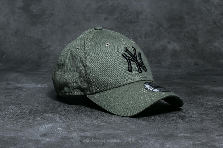 580a7f57249 ... greece new era 9forty mlb league essential new york yankees cap khaki  black zdjcie 1 840c7