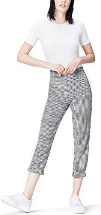 9e7f90db5d0d Amazon FIND Damen Cropped-Hose mit Ginghammuster und Rüschensaum Schwarz  (Black white Check