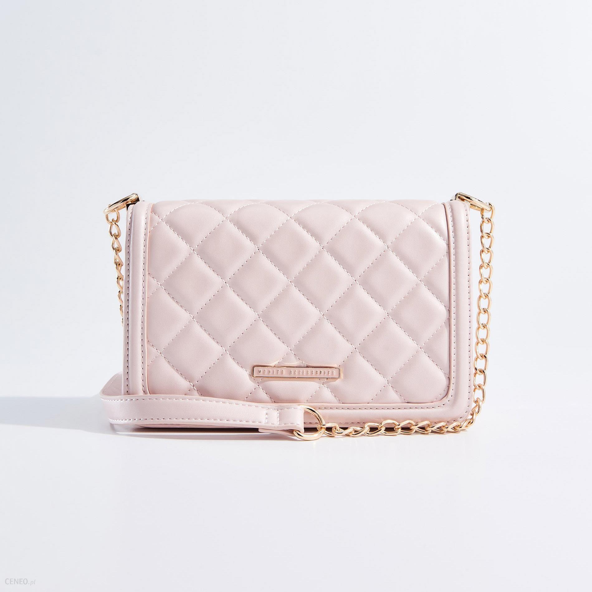f9f6702156c69 Mohito - Mała torebka z pikowanej eko skóry - Różowy - Ceny i opinie -  Ceneo.pl