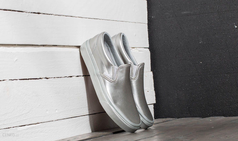f58d21986604f Vans Classic Slip-On (Metallic Sidewall) Silver - zdjęcie 1