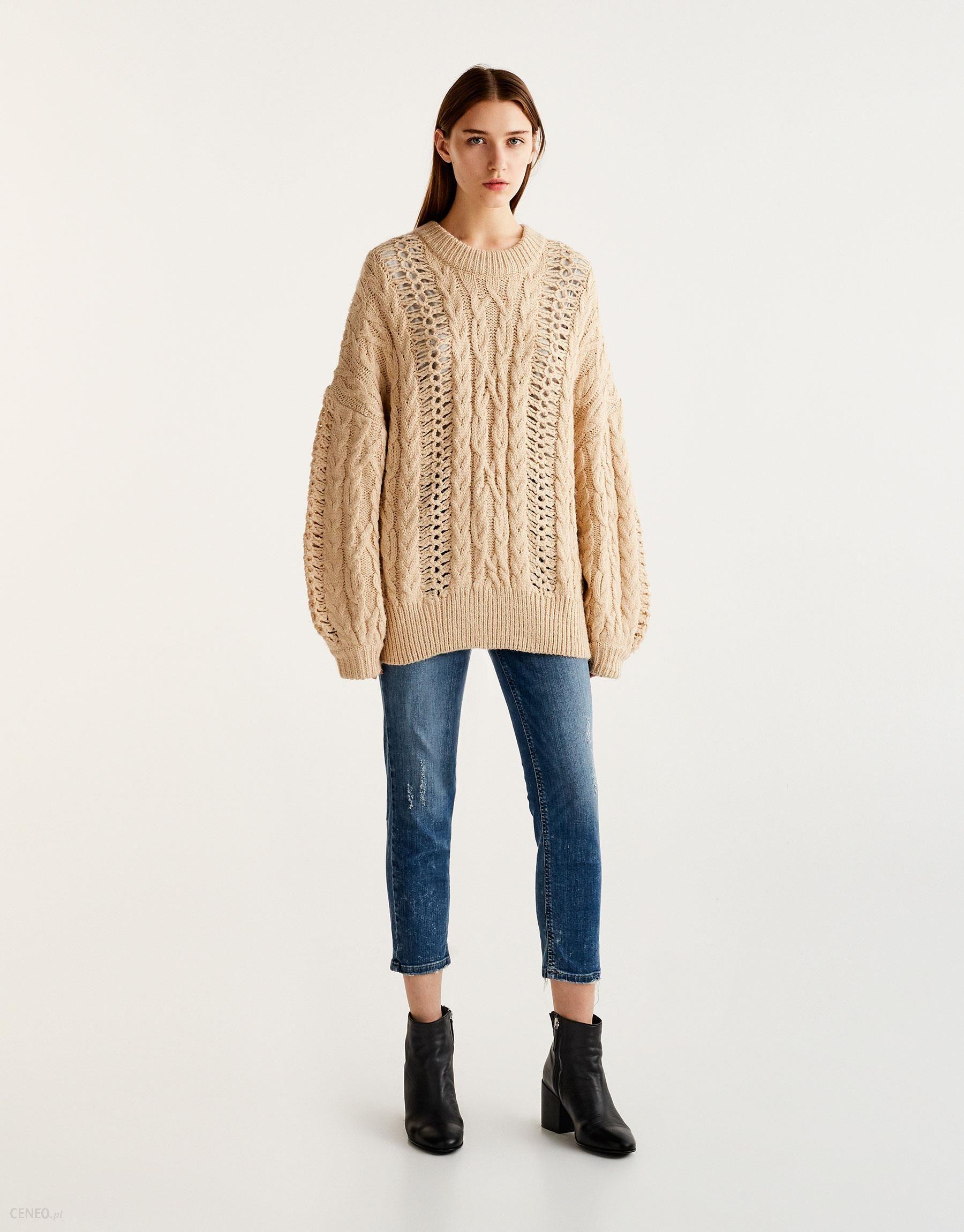 20d2b521a93a73 Sweter wykonany warkoczowym splotem z efektem sznurowania - Ceny i ...