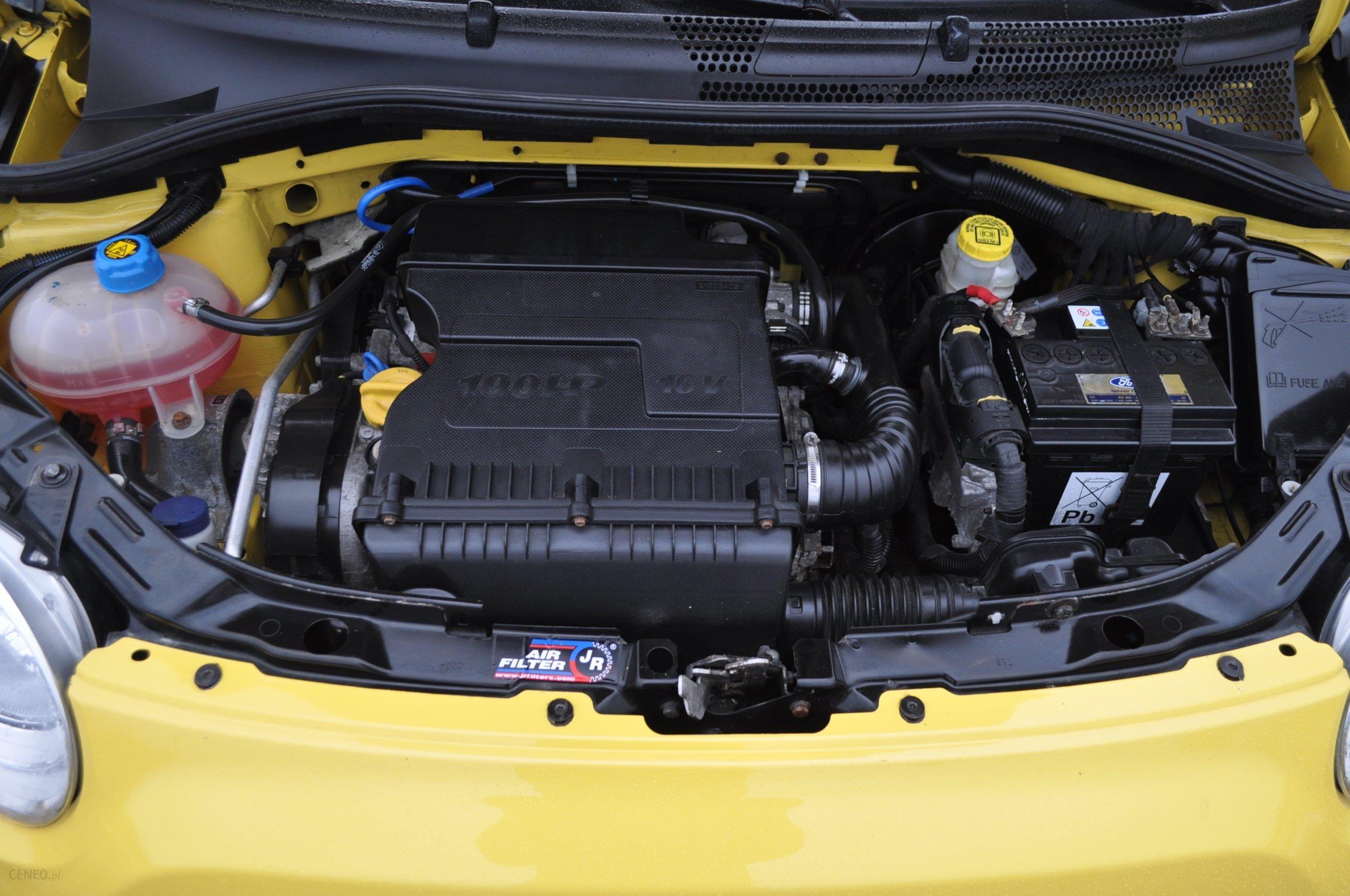Groovy Fiat 500 2008 benzyna 100KM hatchback żółty - Opinie i ceny na RU52
