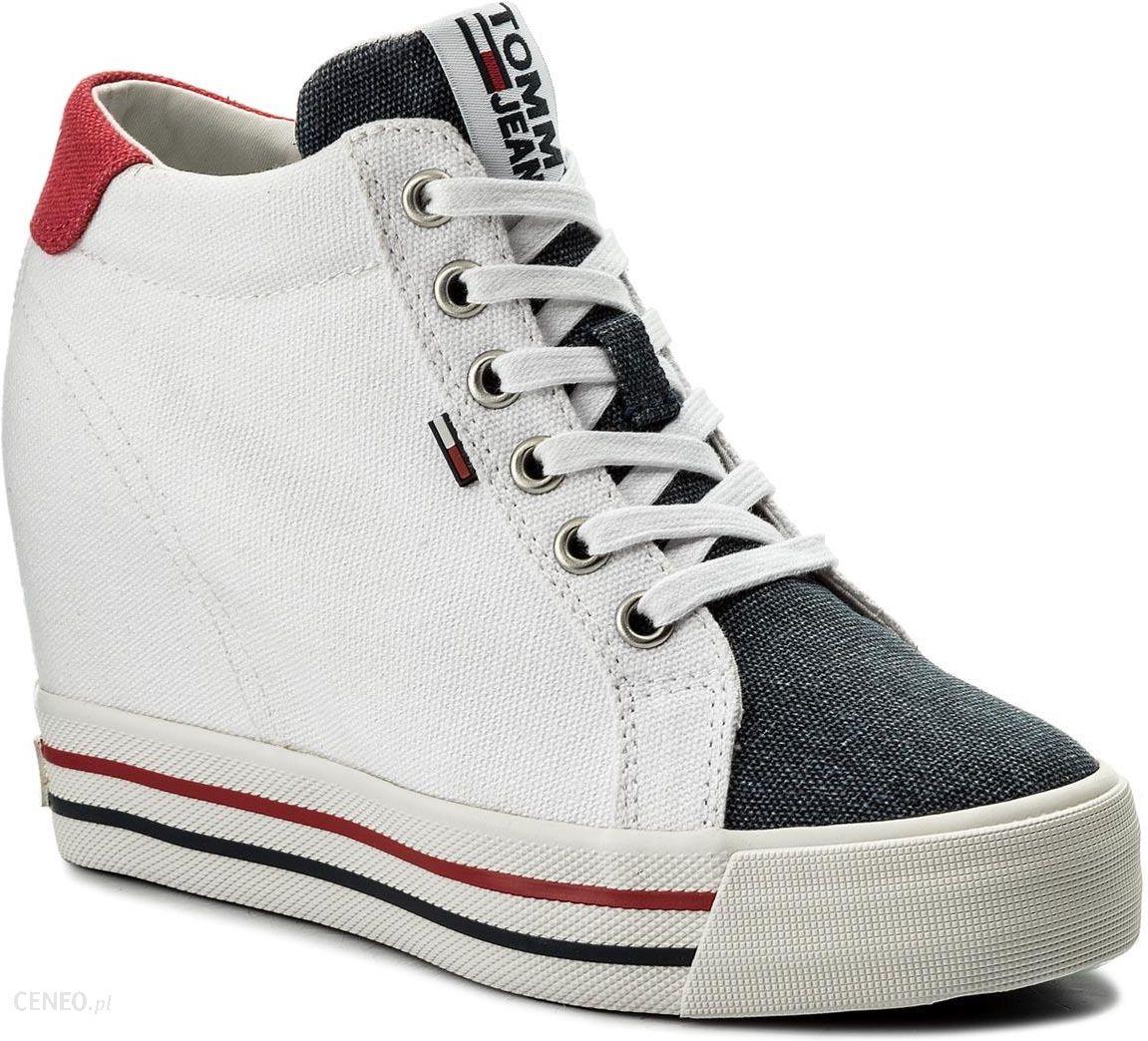 c3e4a06c86f Sneakersy TOMMY HILFIGER - Jeans Sneaker Wedge EN0EN00192 Rwb 020 - zdjęcie  1