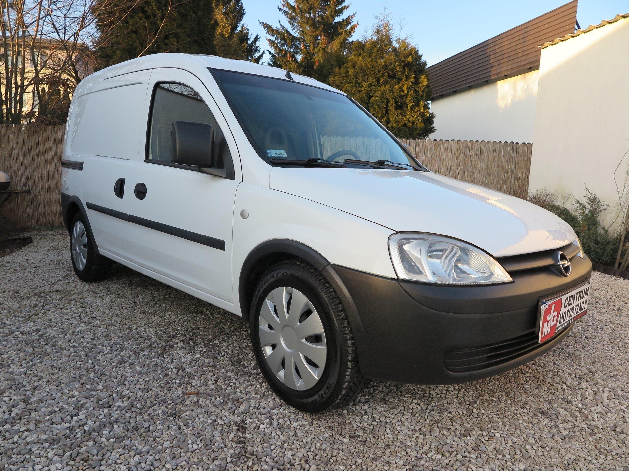 Opel combo van salon polska klimatyzacja vat opinie i ceny