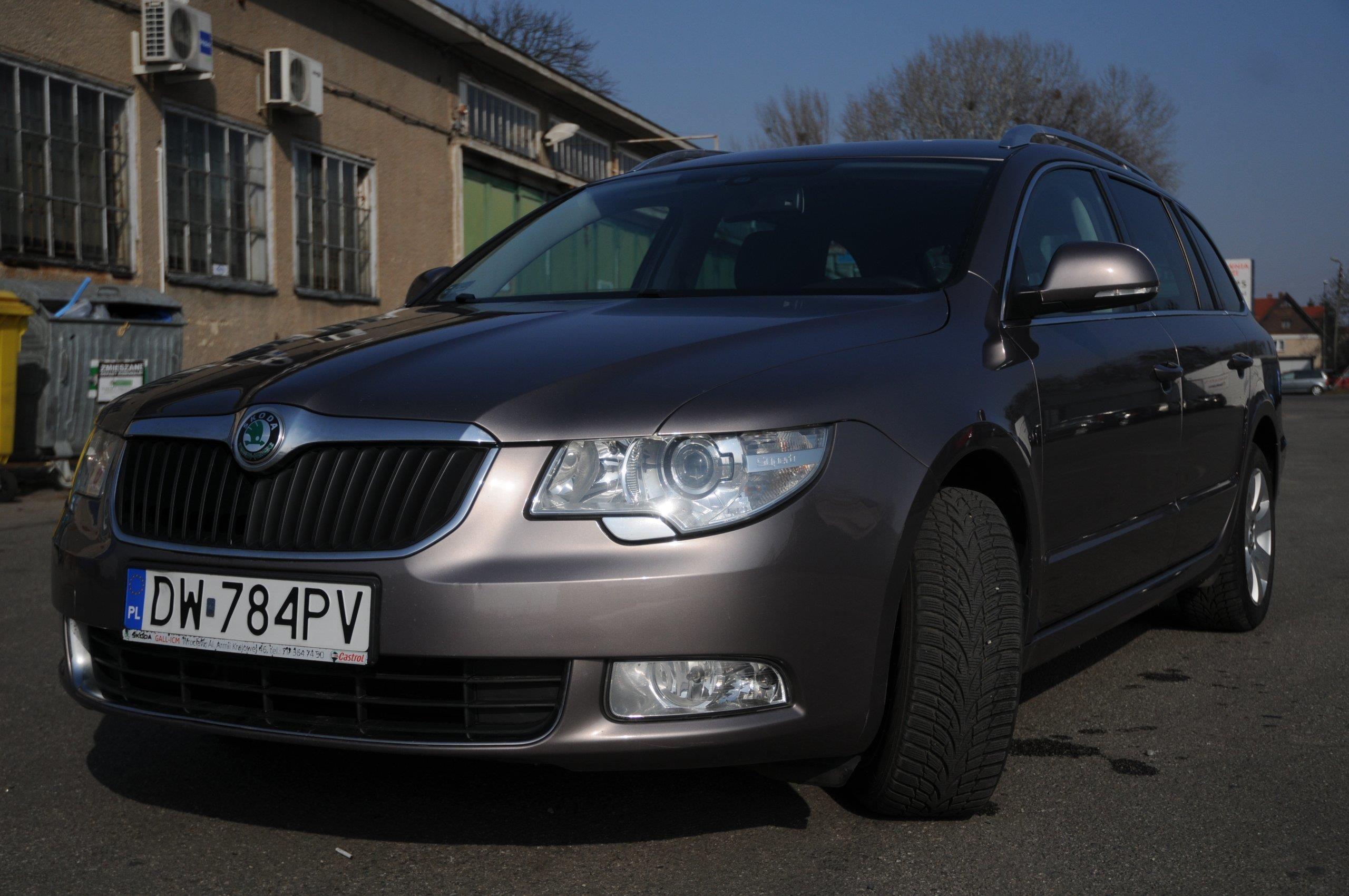 Skoda Superb Ii 2012 Benzyna 150km Kombi Fioletowy Opinie I Ceny Na Ceneo Pl