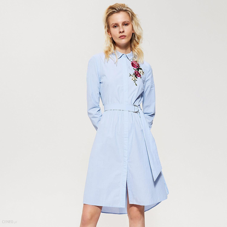 8fb06e2285 House - Koszulowa sukienka z kwiatowym haftem - Niebieski - Ceny i ...