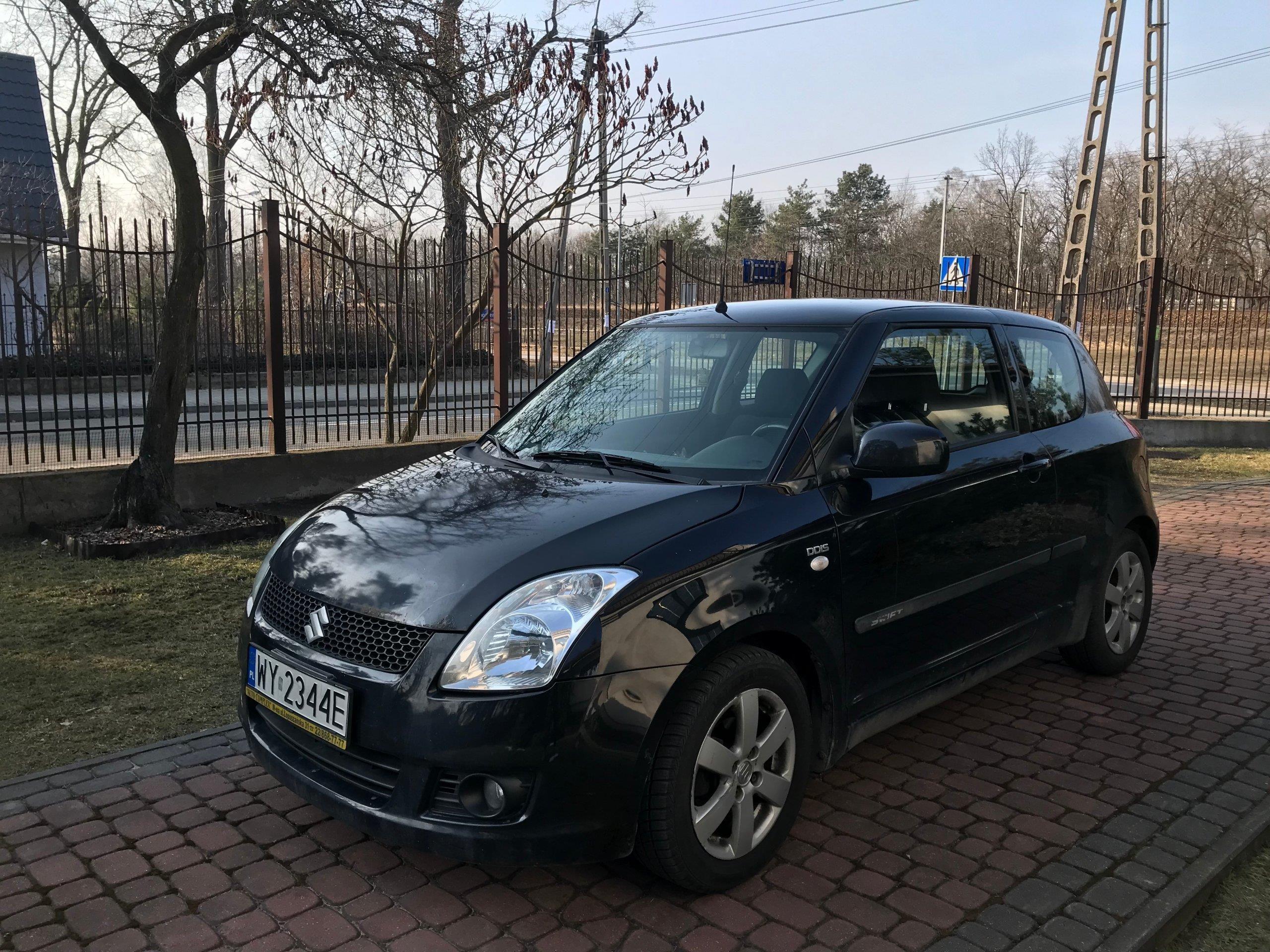 Inteligentny Suzuki Swift IV 2008 1KM czarny - Opinie i ceny na Ceneo.pl KA75