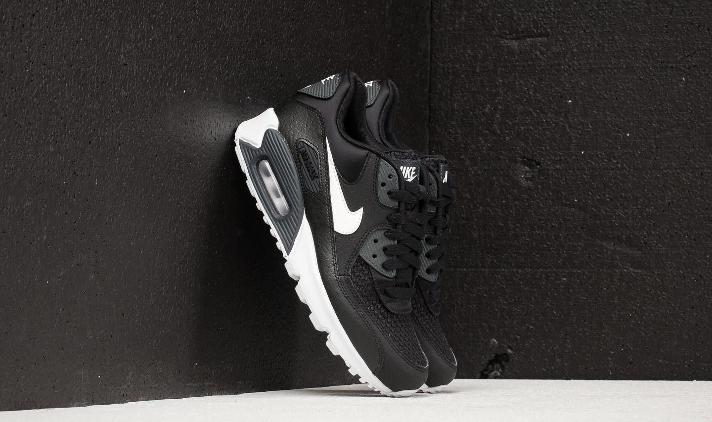 Nike Wmns Air Max 90 SE Black White Anthracite