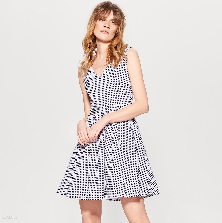 2a8bd37ee6 Mohito - Sukienka w kratę gingham little princess - Biały - Ceny i ...