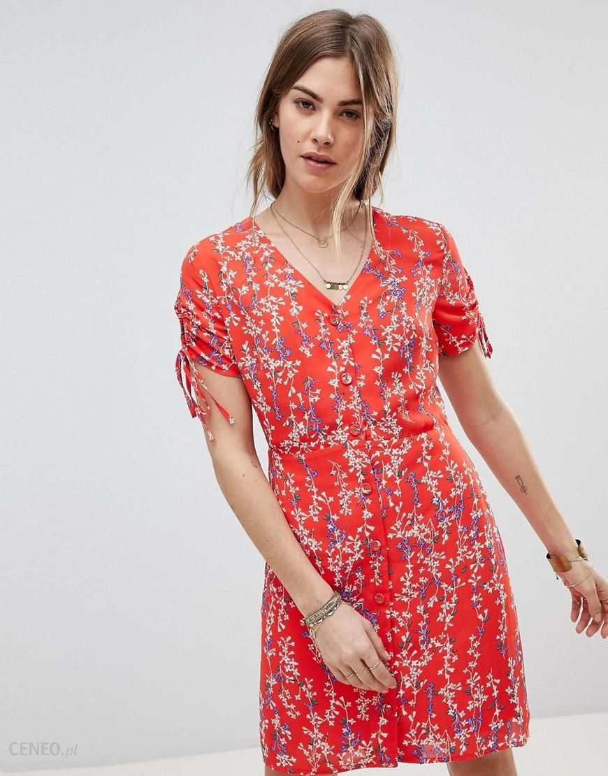 a7dc97e1f3a Moon River Ditsy Floral Wrap Dress - Red - zdjęcie 1