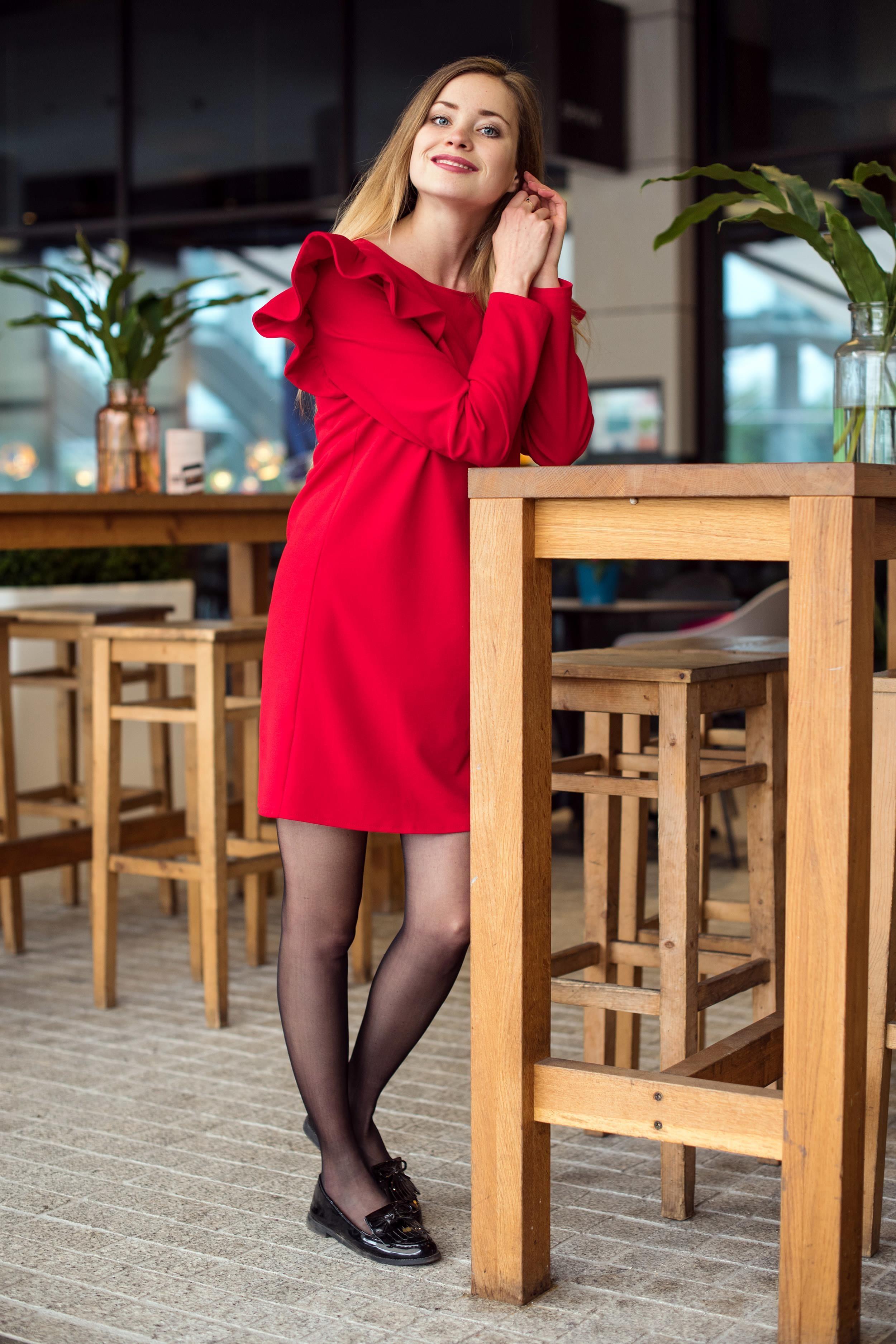 92a7c87aee Cranberry Sukienka z falbankami Czerwona Czerwony - Ceny i opinie ...