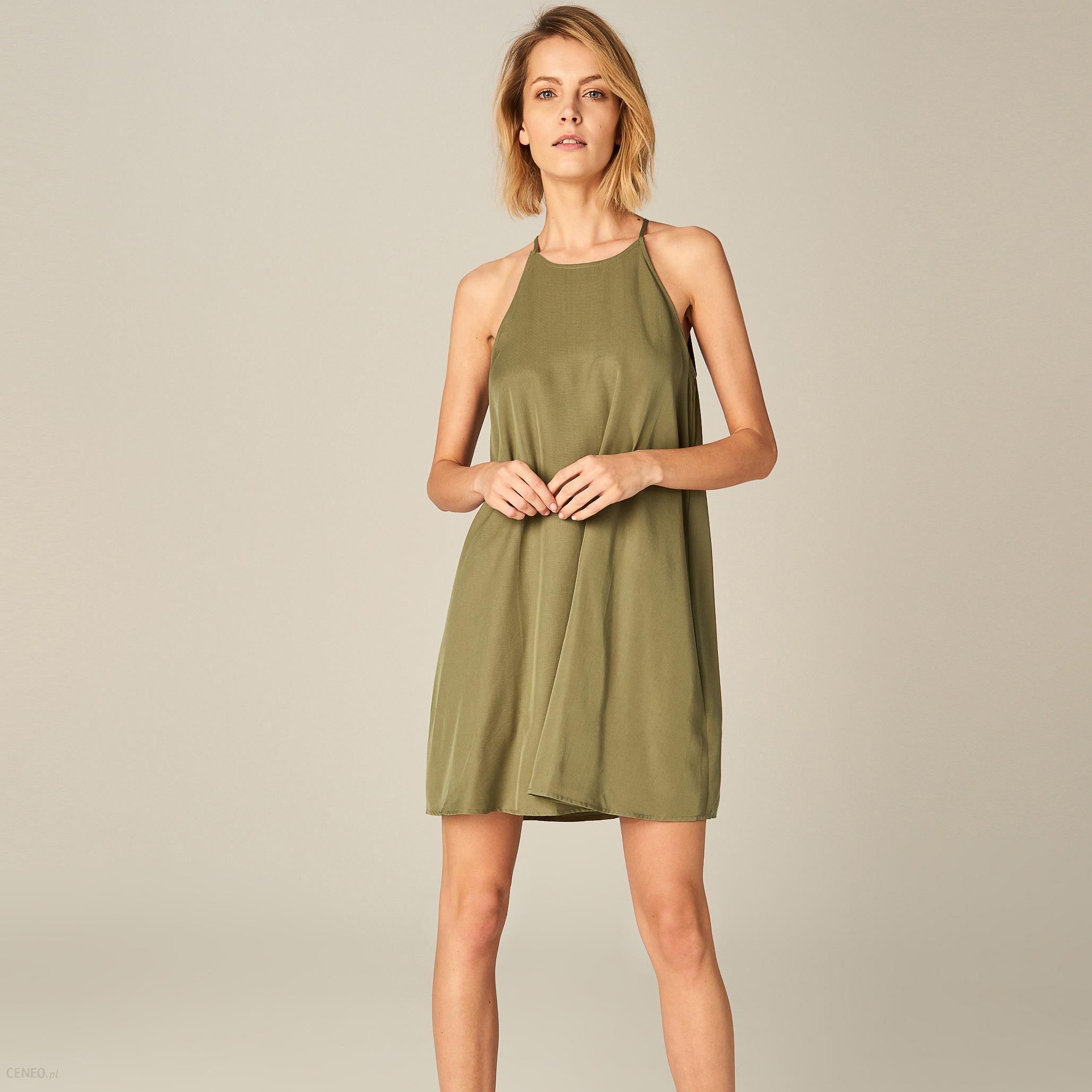 4da9aea8 Mohito - Krótka sukienka z dekoltem halter - Khaki - Ceny i opinie -  Ceneo.pl