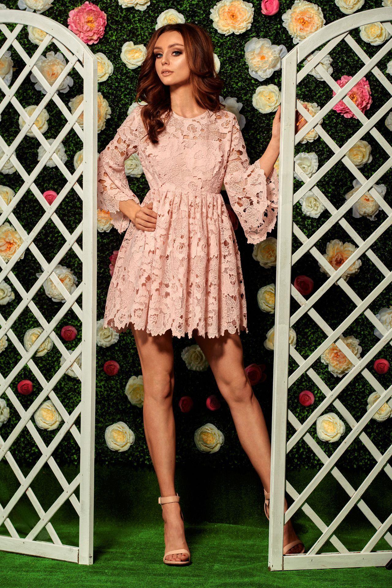 b5c79ab635 Romantyczna sukienka z koronki pudrowy róż - Ceny i opinie - Ceneo.pl