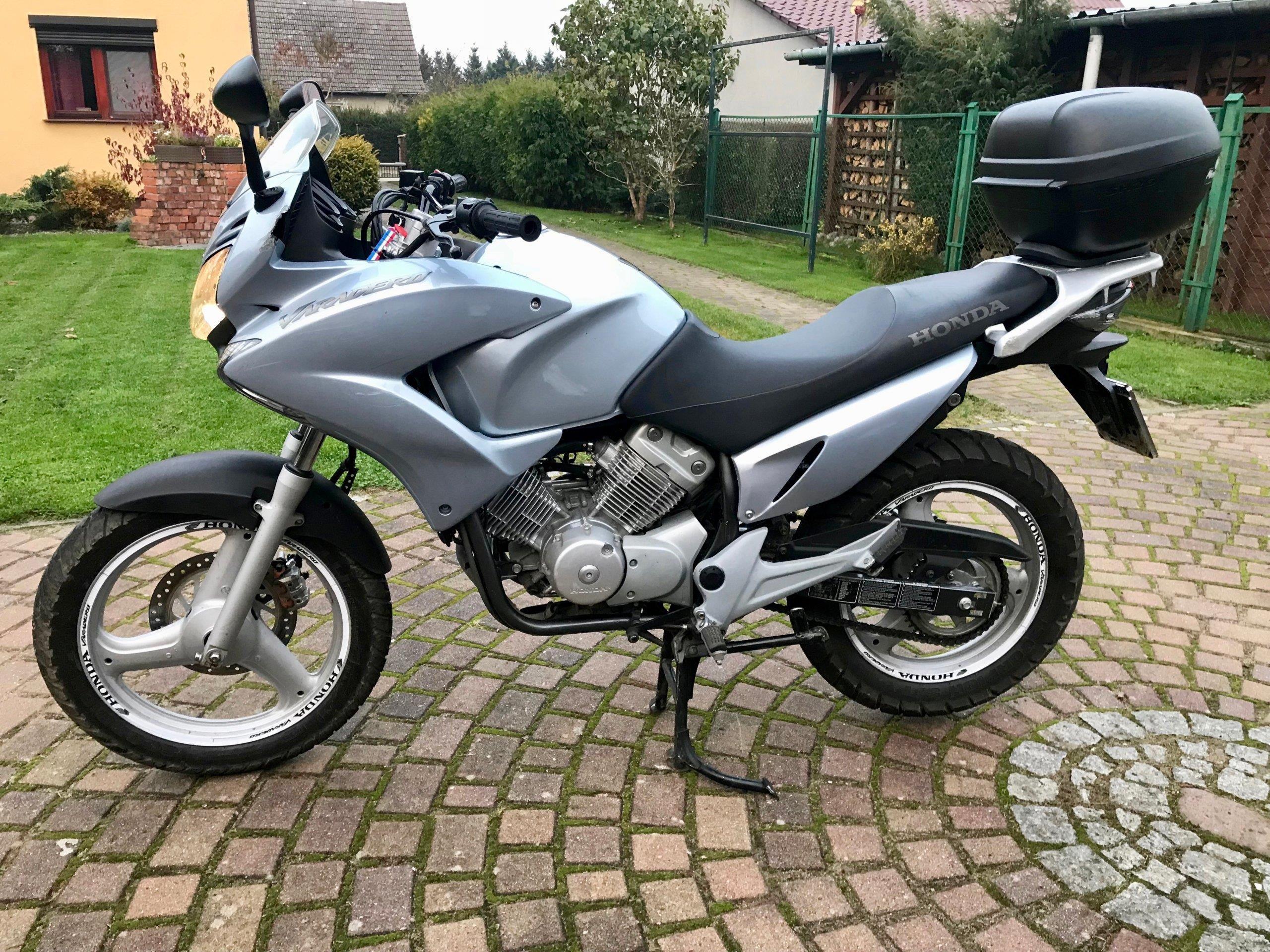 Honda Varadero 125 Duzy Motocykl Na Kategorie B Opinie I Ceny Na Ceneo Pl