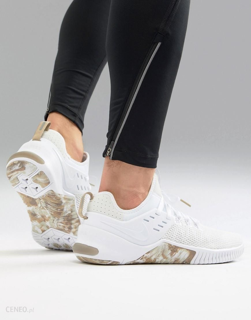 1f7a2bc750487 Nike Training Metcon Free Trainers In White Camo AH8141-103 - White -  zdjęcie 1